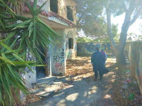 Equo e IU constatan la falta de mantenimiento del Parque del Andarax