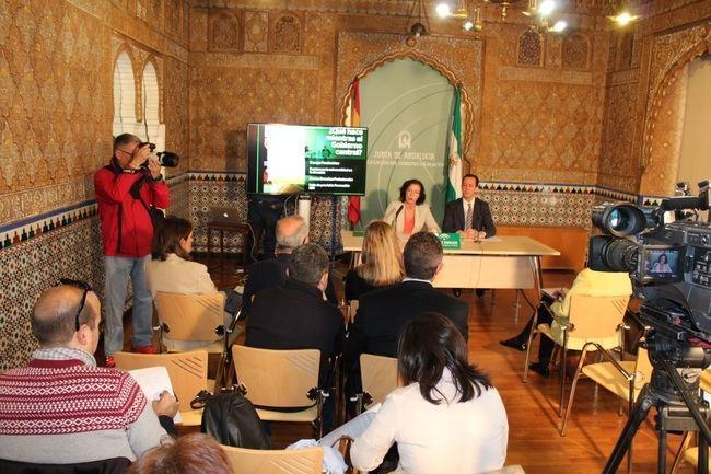 Los centros del Sistema Sanitario Público en Almería realizan más de 7,6 millones de atenciones en el último año