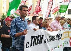 """AxSí plantea una estrategia """"conjunta, necesaria y crucial"""" de los puertos de Andalucía """"para no pelearnos por migajas"""""""