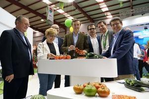 Visita del PP a Expo Levante
