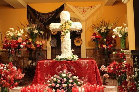Gádor vive intensamente durante el puente de mayo sus fiestas de la Cruz