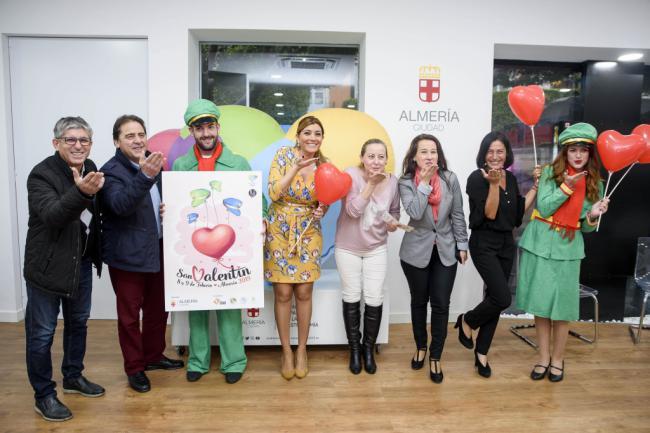 Almería se vuelca con San Valentín