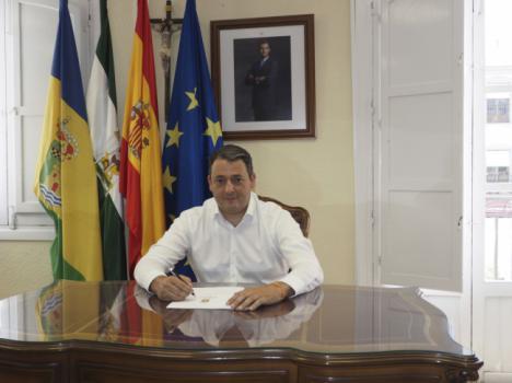El alcalde de Tíjola ¡se baja el sueldo!