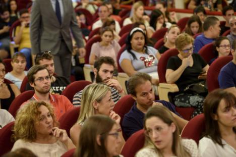 210 desempleados acceden al programa 'Almería T Forma'