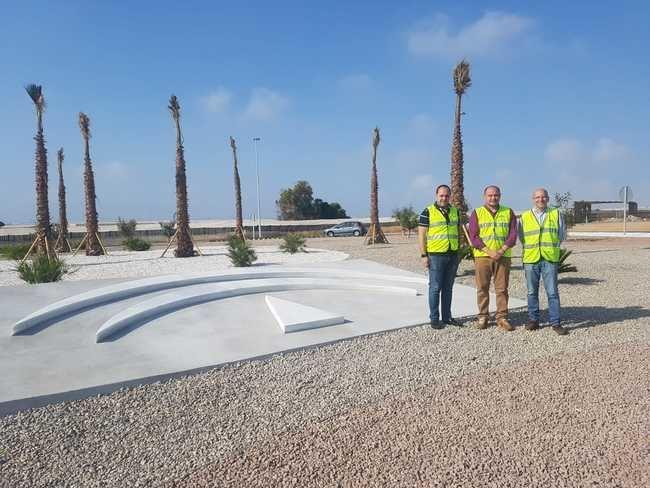 La Junta mejora la glorieta final de la variante de Roquetas que da acceso a las urbanizaciones