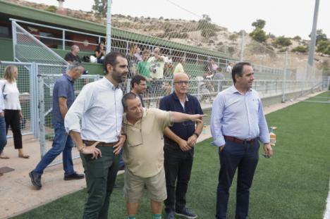El alcalde de Almería anuncia la construcción de un nuevo campo de fútbol para la ciudad