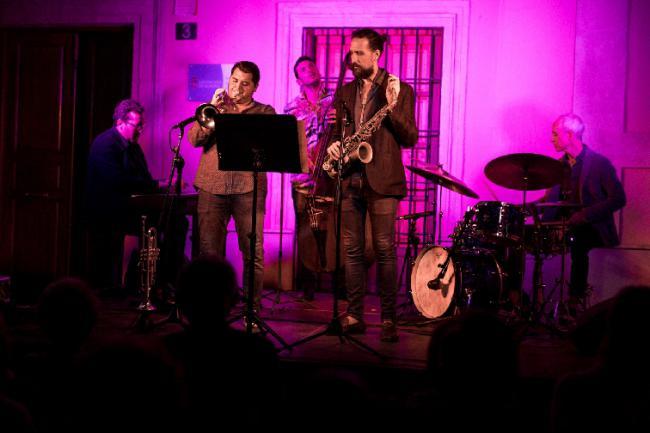 'Las Tardes del IEA' cuelgan el cartel de lleno con 'El Jazz en Almería'