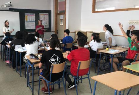 Cajamar ofrece formación financiera a 1.200 escolares en Almería