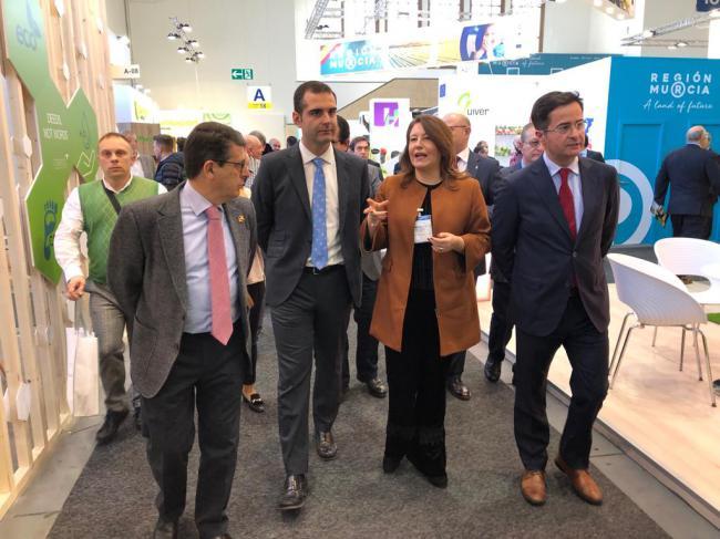 El alcalde traslada en Berlín el apoyo municipal al sector agroalimentario