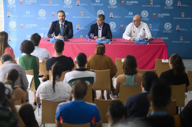 """El alcalde aboga por """"potenciar"""" el deporte y el ocio inclusivo"""
