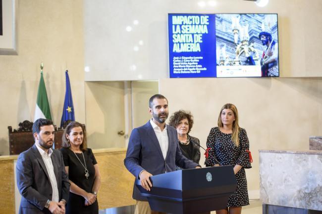La Semana Santa genera a la ciudad de Almería un impacto económico de 11 millones de euros