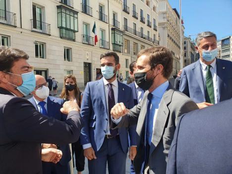 Los ayuntamientos de toda España derrotan al Gobierno central en la batalla del superávit