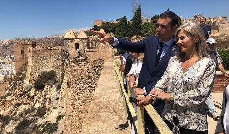 Junta, Ayuntamiento y Diputación asumen crear un patronato para La Alcazaba