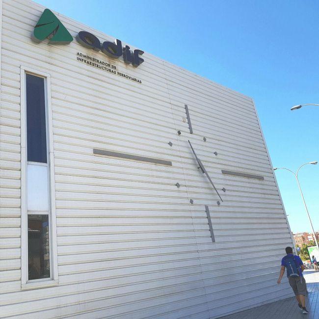 Indignación en la Mesa del Ferrocarril por el estado de las obras del AVE en Almería