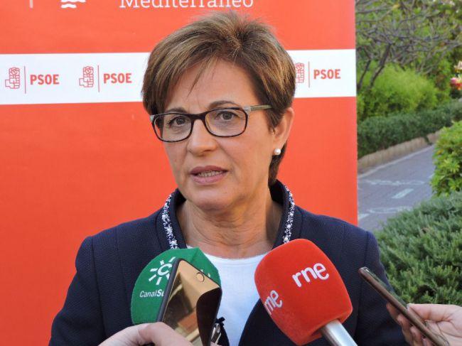 Valverde acusa al alcalde de no atreverse a llevar a Casado a Cabo de Gata