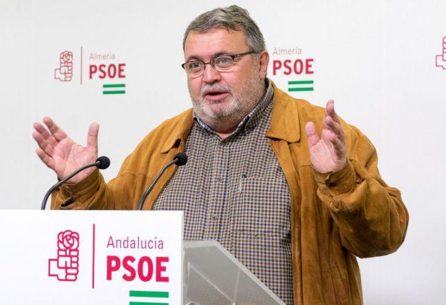 El PSOE de Roquetas ve a Amat detrás de la excisión de Vox