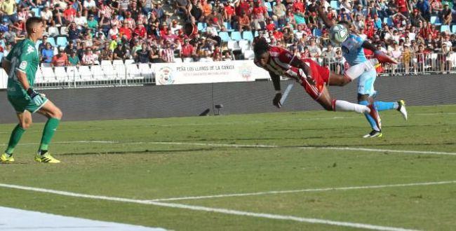 El Almería recupera jugadores para la cita en Alcorcón