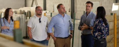 El PP promete una 'revolución fiscal' que beneficiaría al sector del mármol en Almería