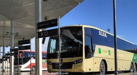 Un 4% más de viajeros en los autobuses de Almería