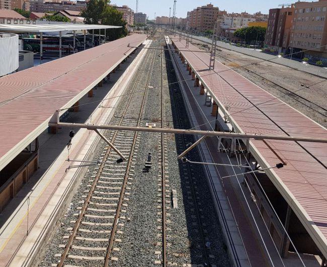 El día 14 se celebra la jornada 'Conexión Ferroviaria del Puerto: una oportunidad para Almería'
