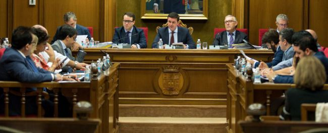 Diputación apoya las reivindicaciones del sector agrario de la provincia de Almería