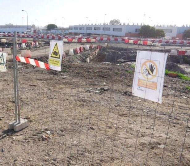El alcalde denuncia que el PSOE sigue castigando al aislamiento ferroviario a Almería
