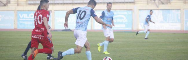 David Cabello pone a sus jugadores a punto frente al Almería B