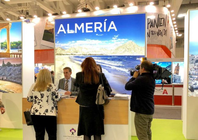La Junta destina 400.000 euros a impulsar la actividad turística en Almería