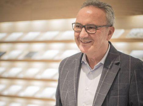 Cámara España distingue con su Encomienda a Martínez-Cosentino