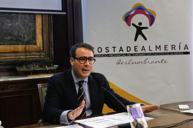Jorge Lorenzo, Manel Fuentes, Juan Diego y Natalia Verbeke serán influencers de 'Costa de Almería'