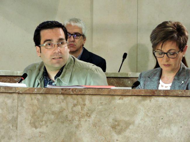 El PSOE denuncia que hay 76,5 millones pendientes en contratos municipales paralizados