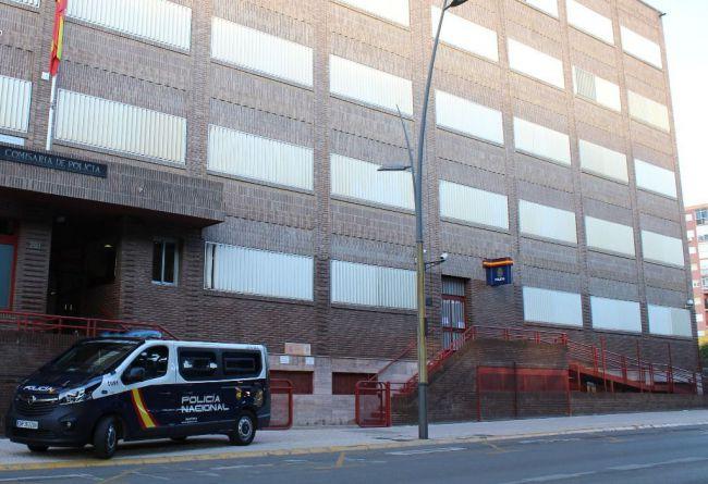 Queja de los periodistas por el 'retroceso en la política de comunicación' de la Policía en Almería