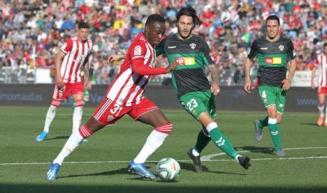 La UD Almería apuesta en el partido ante el Huesca