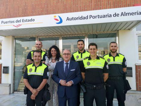 Jesús Caicedo felicita a la Policía Portuaria en su Día