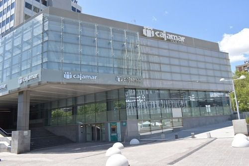 Fitch eleva el rating de Cajamar