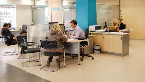 Cajamar recomienda a sus clientes mayores no acudir a las oficinas para el cobro de su pensión