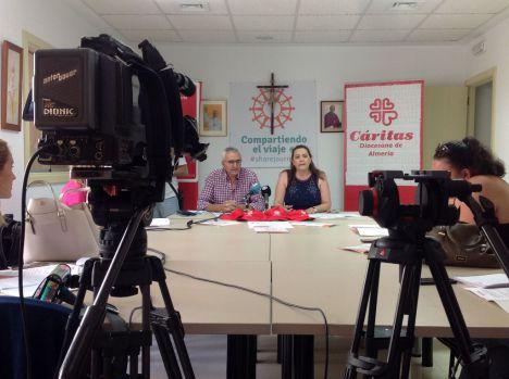 El Ayuntamiento colabora con Cáritas y Cuz Roja para atender a 900 familias