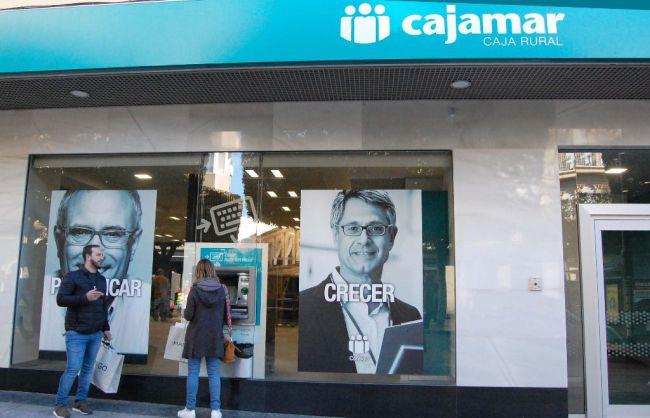 Cajamar no cobrará por sacar dinero en cajeros de otras entidades
