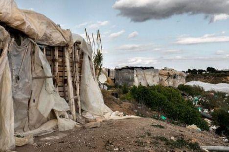 'Acuíferos Vivos' pide a Sanidad que actúe en los asentamientos de inmigrantes ilegales