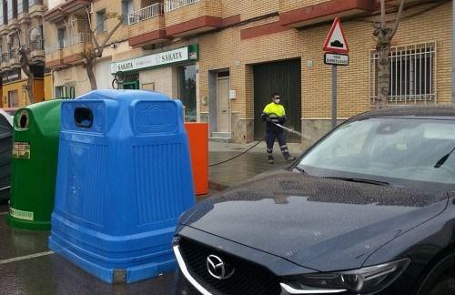 El Plan Especial De esinfección De Vìcar Continúa A Diario