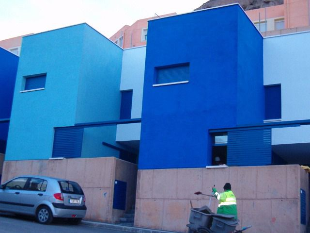 El 2,4% de las viviendas de Almería no tienen ventana a la calle