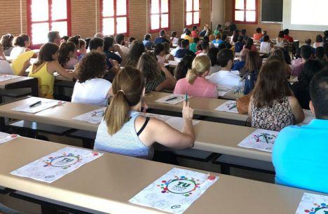 CSIF rechaza la incorporación presencial de profesionales de colegios que pueden trabajar on line