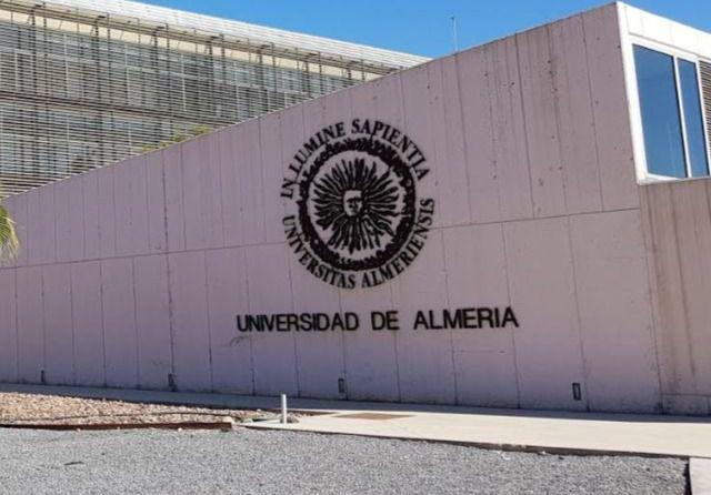 Abierto el plazo de solicitud de ayudas para estudios de formación continua en la UAL