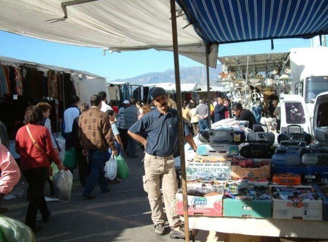 La Junta Concede 34.000 Euros A Vicar Para Mejorar El Comercio Ambulante