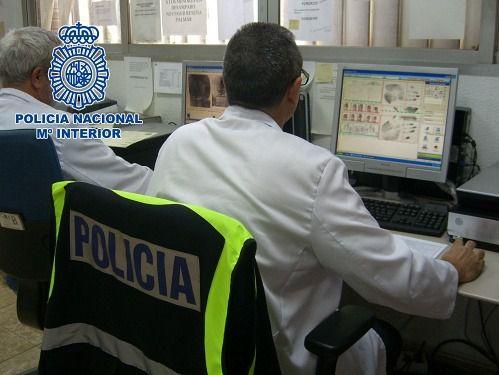 """Detenido en Almería un """"hacker"""" con dos millones de contraseñas"""