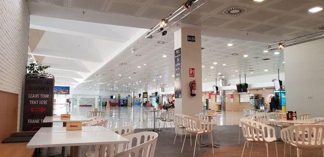 El #COVID19 reduce en un 99,7% los usuarios del aeropuerto de Almería