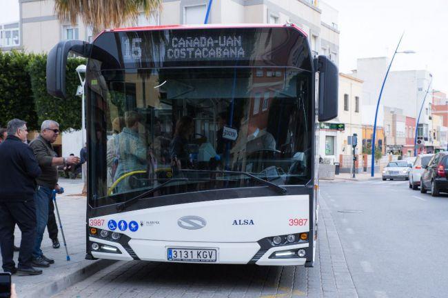 Vecinos de Loma Cabrera piden que el bus 20 recupere todo su horario