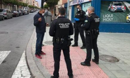 820 test rápidos de #COVID19 a los policias locales de Almería