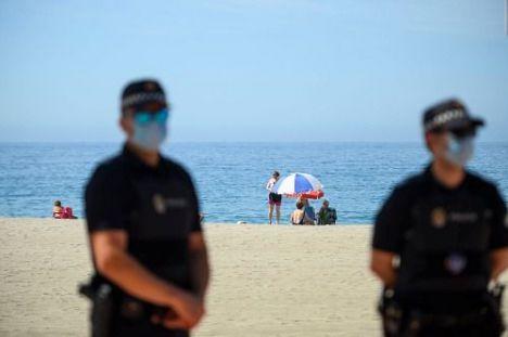 La Junta dotará con más de un millón de euros a los municipios de costa en Almería para seguridad