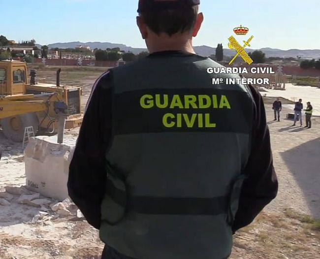 Detenido un vecino de El Ejido por robar el perro guardián de un cortijo en Busquístar